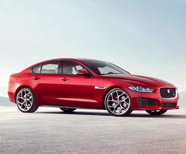 2016 Jaguar XE at werd.com