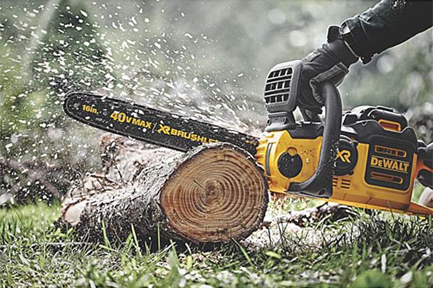 DeWALT 40V Lithium Ion XR Brushless Chainsaw at werd.com