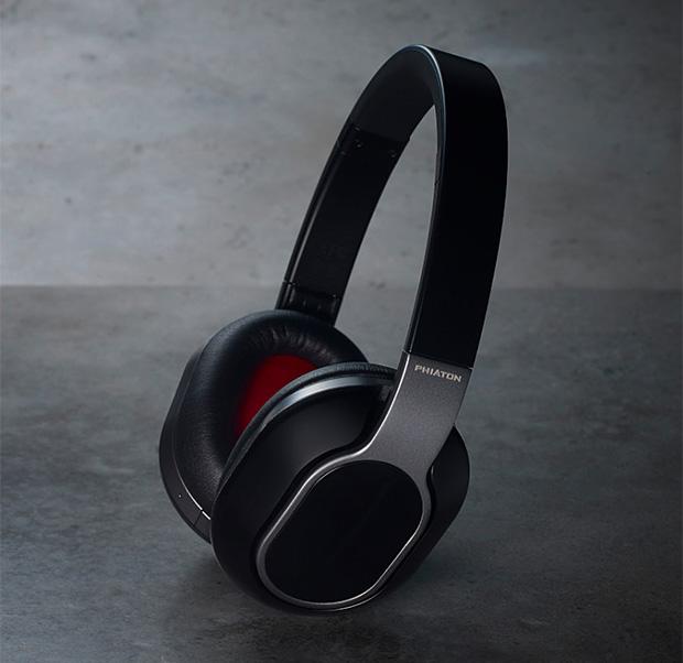 Phiaton BT 460 Wireless Touch Interface Headphones at werd.com
