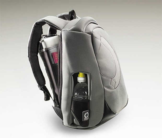 RiutBag at werd.com