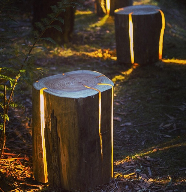 Stump – The Cracked Log Table/Stool at werd.com