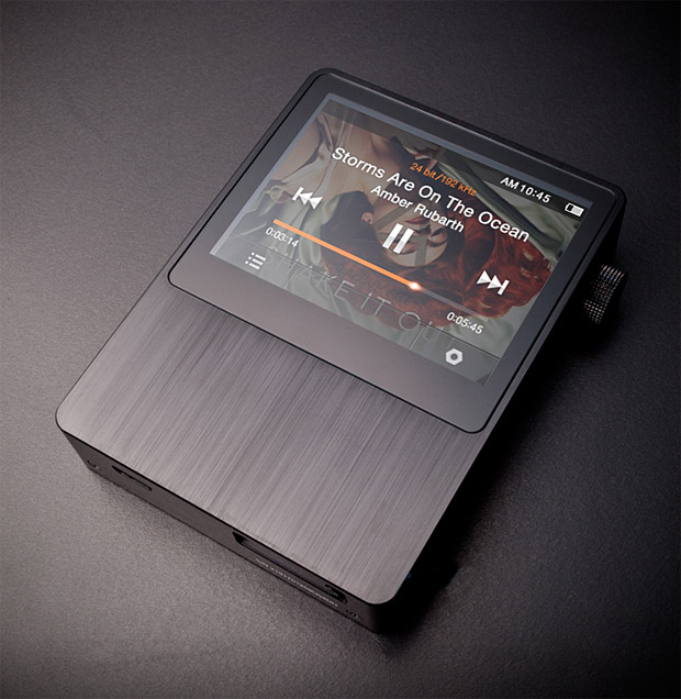 Astell&#038;Kern AK100 Portable Audio System at werd.com