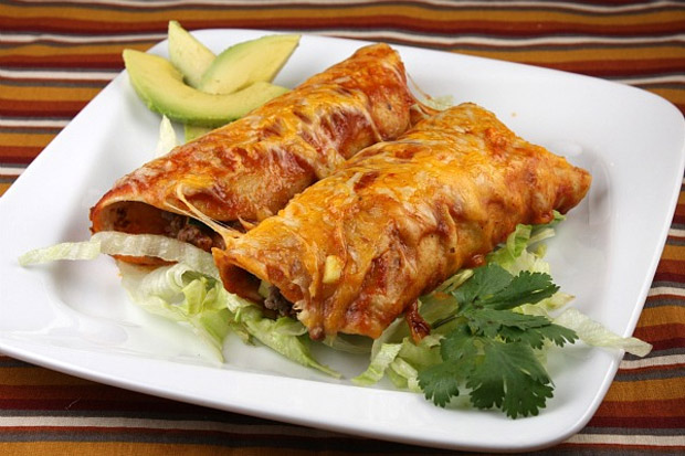 Easy Beef Enchiladas at werd.com