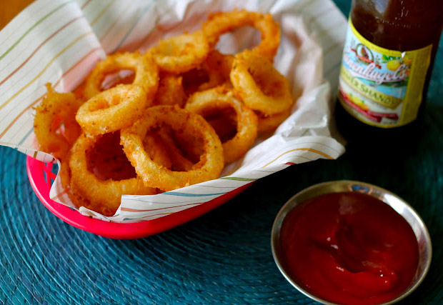 Perfect Beer Battered Onion Rings at werd.com