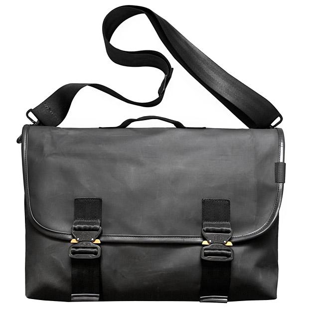 Defy Recon Bag at werd.com