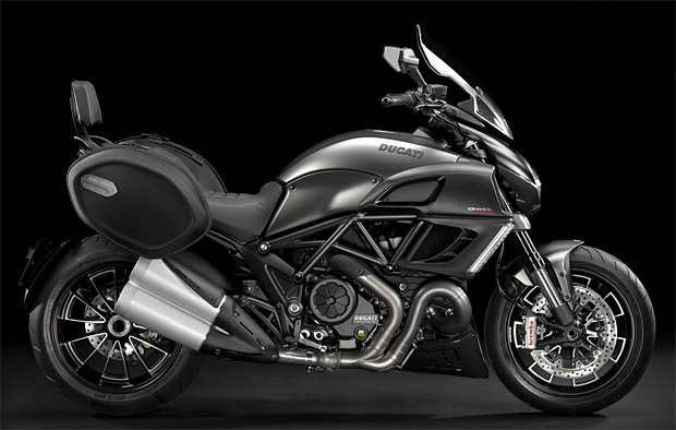 2013 Ducati Diavel Strada at werd.com