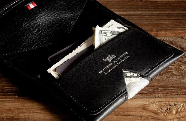 Hard Graft Nero Zip Wallet at werd.com