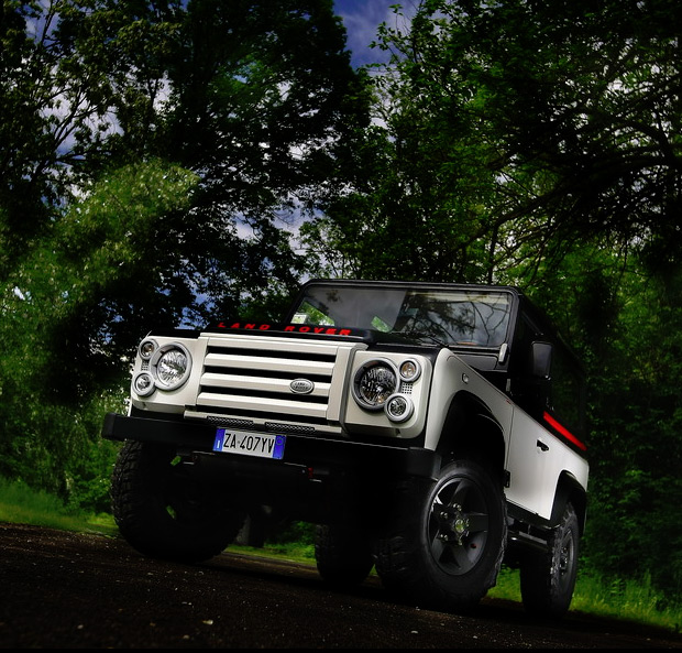 Land Rover Defender Aznom at werd.com