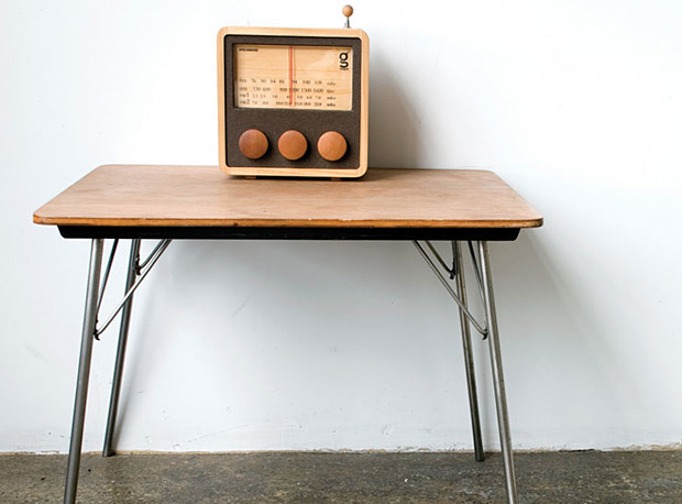 Magno Wooden Radio at werd.com