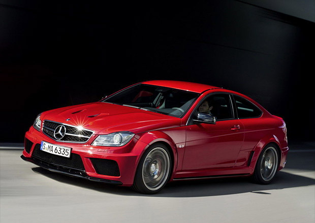 Mercedes Classe C facelift Mb_amg_2013_black_series