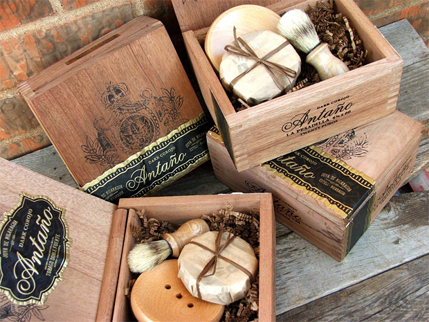 Men&#8217;s Shave Set in a Cigar Box at werd.com