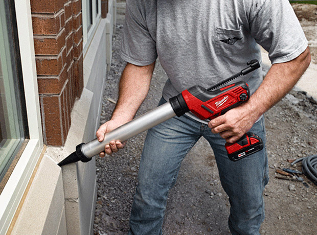 Milwaukee M18 Cordless Caulk Gun at werd.com