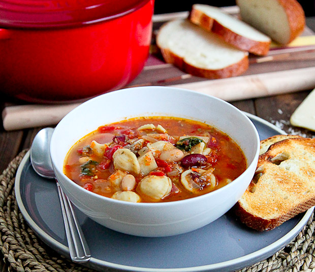 Sausage &#038; Vegetable Minestrone Soup at werd.com