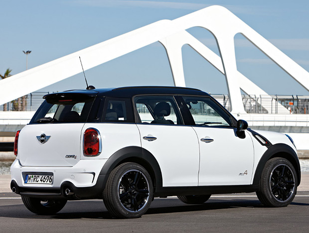 2011 Mini Countryman at werd.com