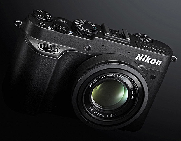 Nikon Coolpix P7700 at werd.com