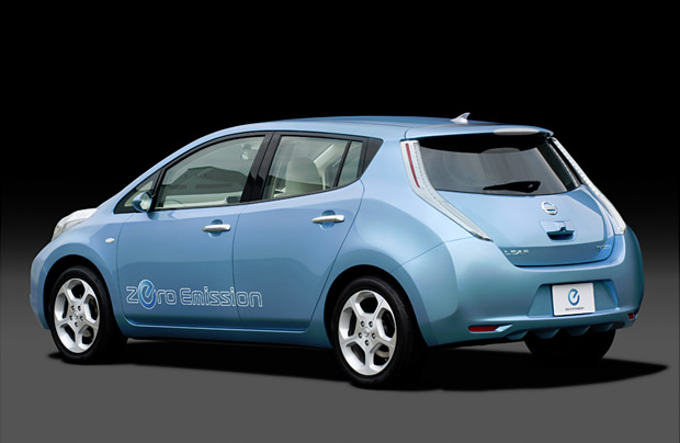 2011 Nissan Leaf at werd.com