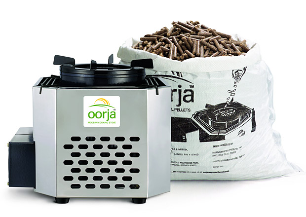 Oorja Biomass Pellet Stove at werd.com
