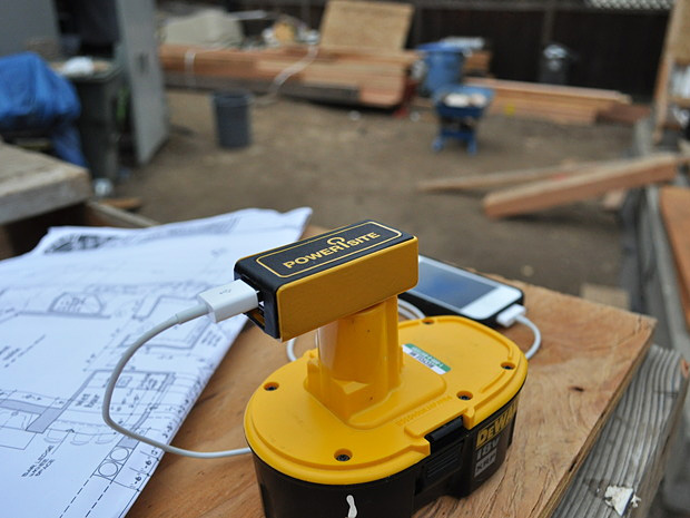 PoweriSite Cordless Tool Battery USB Charger at werd.com