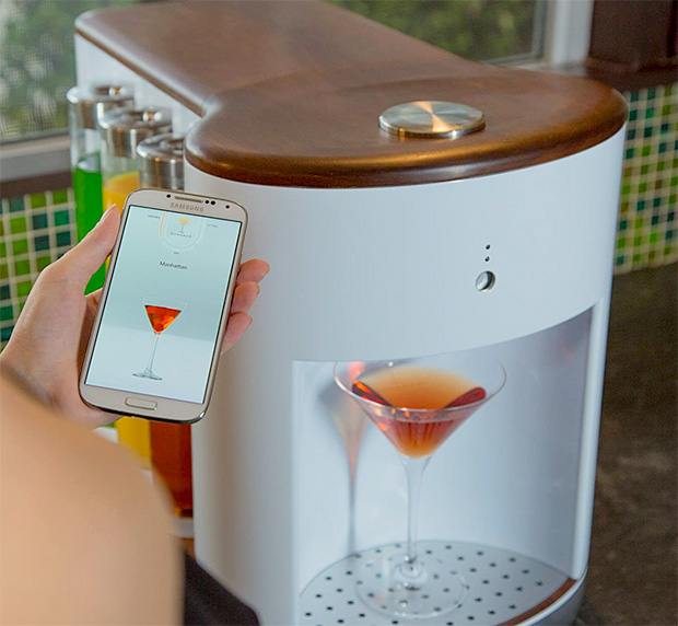 Somabar Robotic Bartender at werd.com