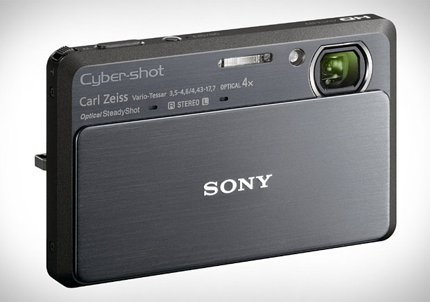 Sony Cyber-shot TX9 at werd.com