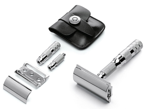 Travel Razor Merkur at werd.com