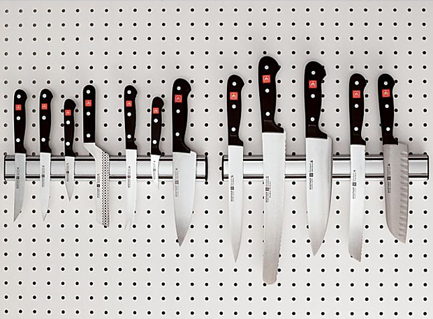 Wüsthof Aluminum Magnetic Knife Holder at werd.com